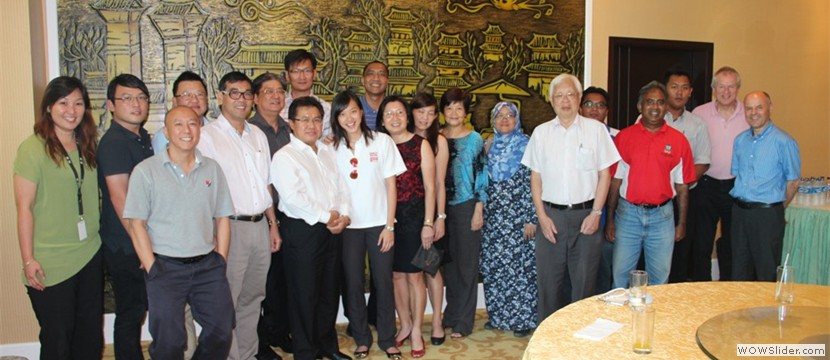 Ms Low with other Malaysian residing in PNG